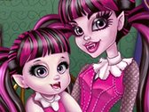 Draculaura and Her Sis